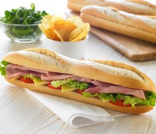 T/S Thaw & Serve White baguettes 30 x 135gm